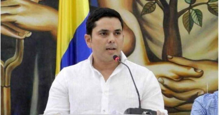 CONTRALOR CONMINA A SUJETOS DE CONTROL A PRESENTAR RENDICIÓN DE CUENTAS.